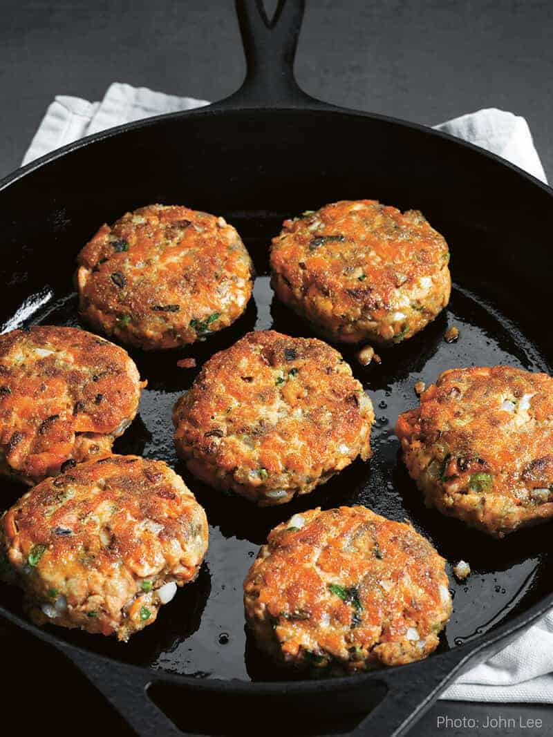 Dukka spiced salmon patties