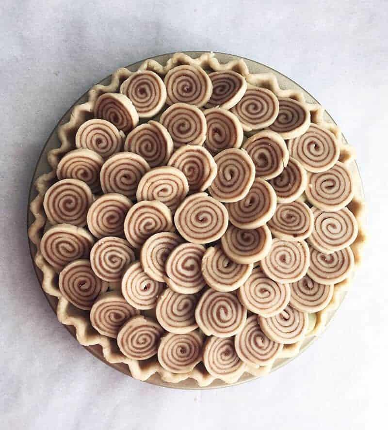 cinnamon roll tart