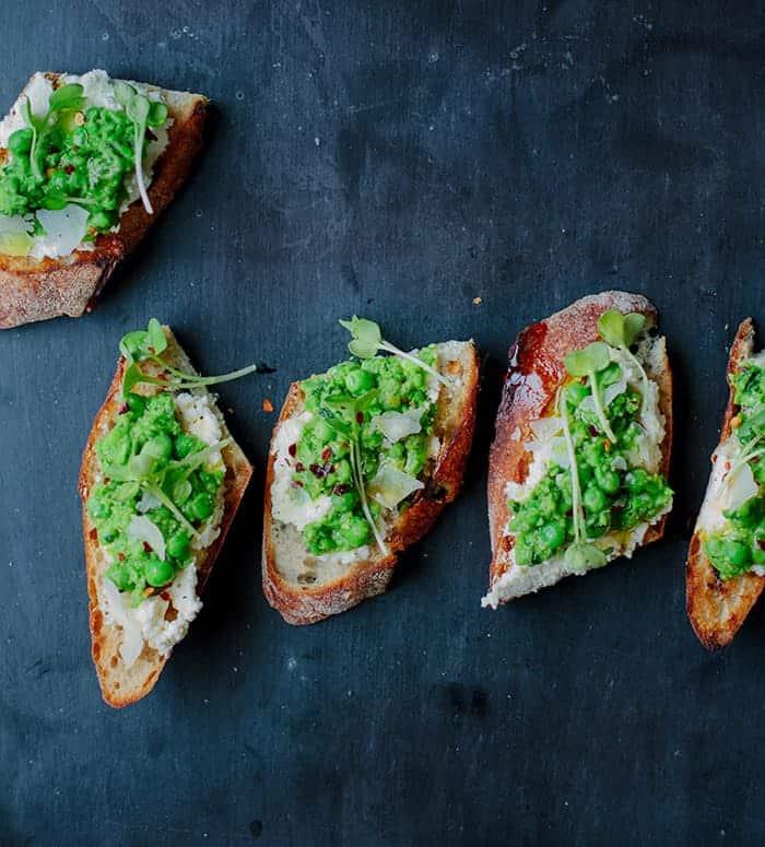 smashed peas on toast