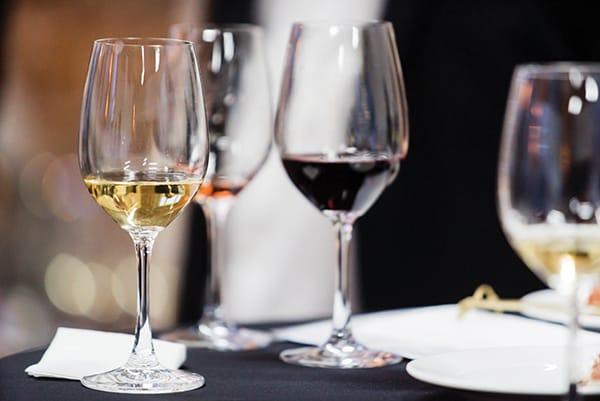 wine glasses for tasting menu