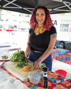 Rachel Bolden Kramer at a CUESA farmers market demo