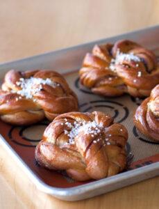 Swedish Cinnamon Knots